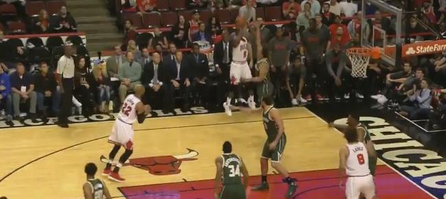 Wade & Rondo Get Their First Bulls Baskets (VIDEO)