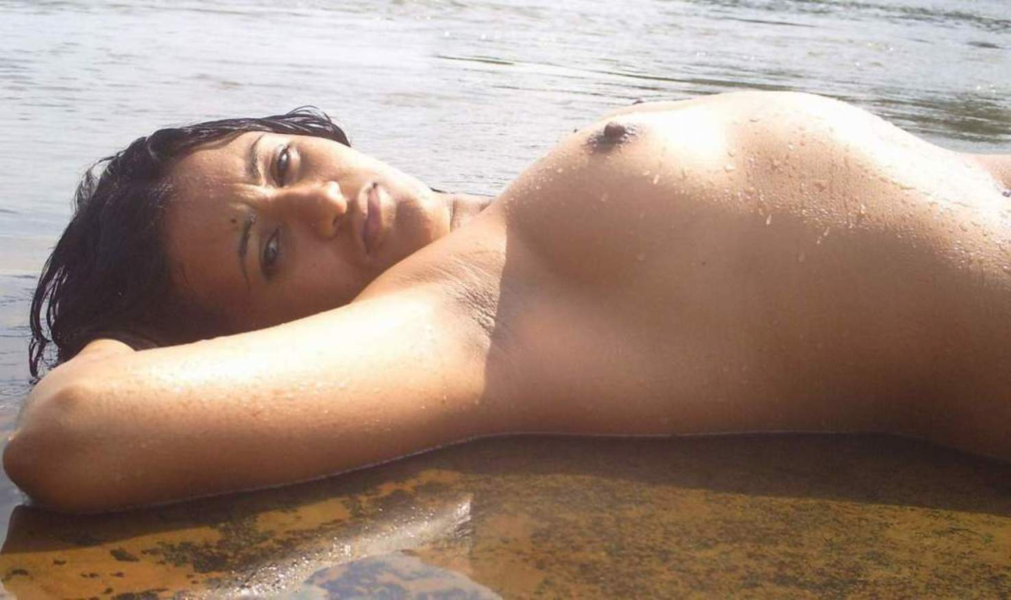 hot-indian-babes-in-nude-beach-gator-boys-the-girls-in-it-naked