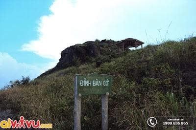Đỉnh Bàn Cờ Đà Nẵng – Điểm đến thú vị ở Bán Đảo Sơn Trà