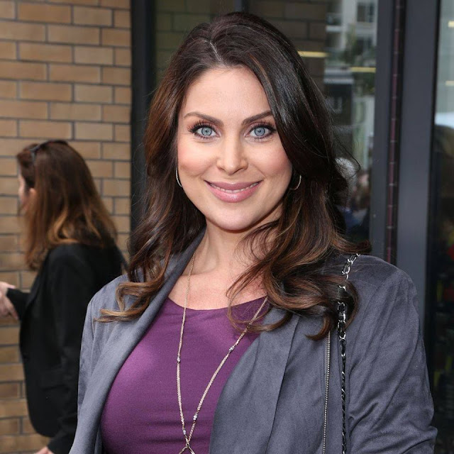 Nadia Bjorlin married, husband, age, feet, eyes, 2016, movies and tv shows, brandon beemer, pregnant, hot, instagram, twitter, bikini, wiki, biography