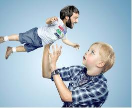 """تقنية تصوير أغرب من الخيال تحت عنوان """"عندما تتحول الطفولة الى أبوة"""""""