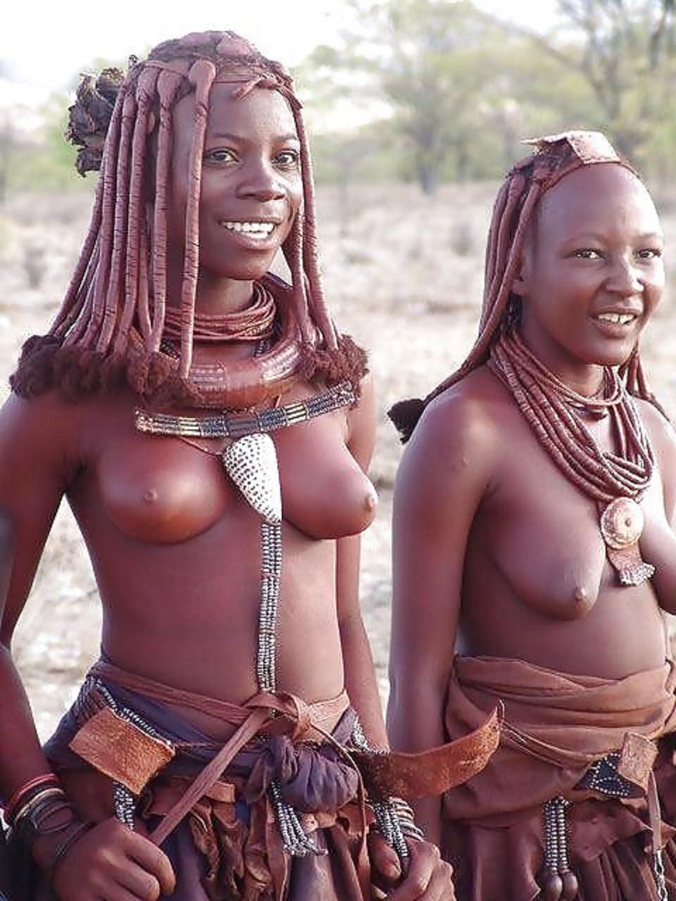 obnazhennie-devushki-tuzemnih-plemen