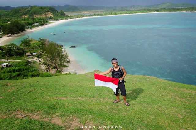 Keindahan Bukit Merese di Tanjung Aan