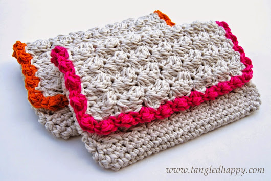 Lily Razz: DIY Anthropologie Inspired Summer Clutch {Free Crochet Pattern}