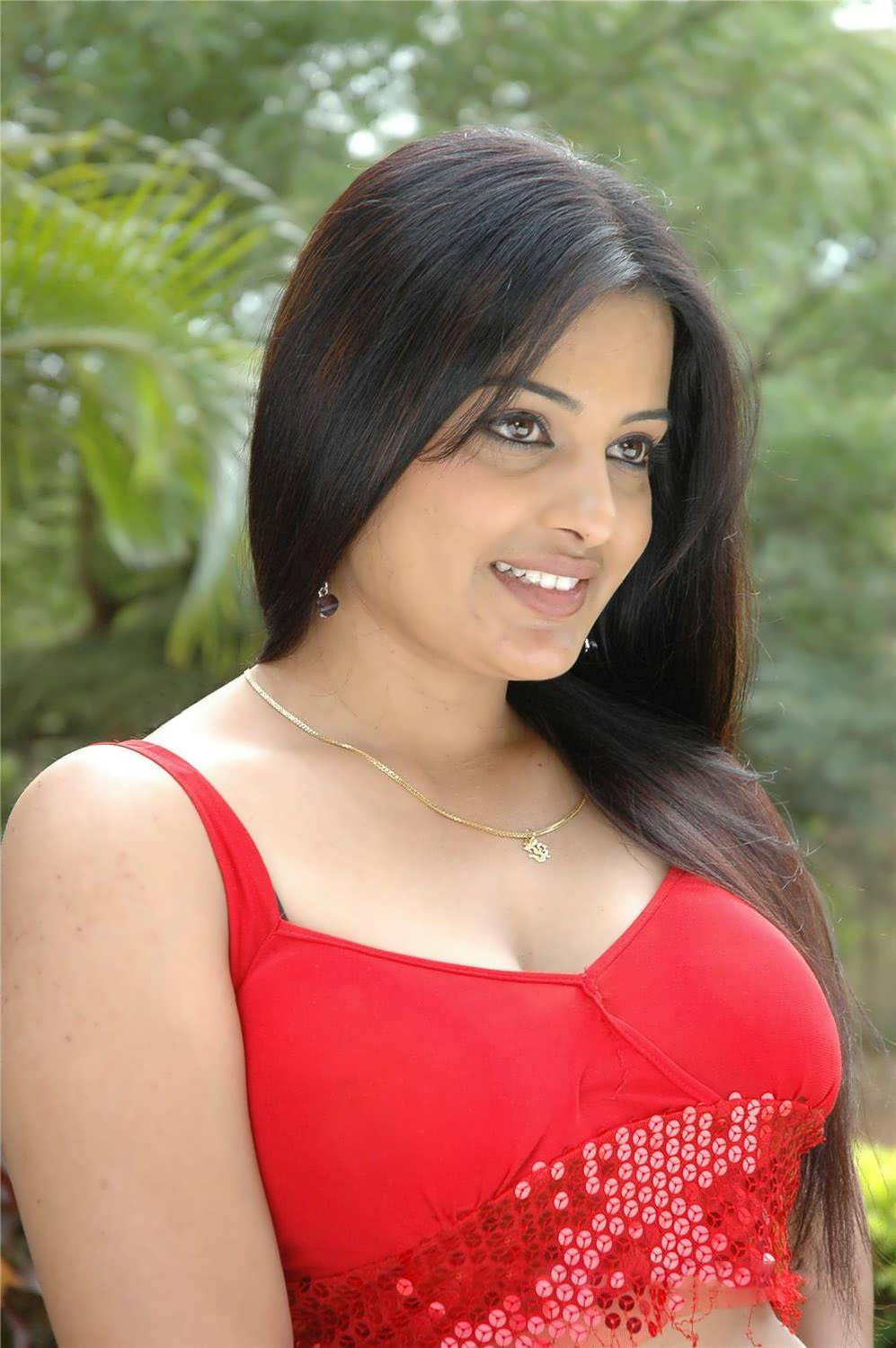 Actress In Red Saree: Rupa Bhabhi Sexy Navel Boobbbsss Thighs