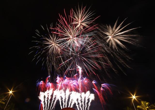 (HOT) Đà Nẵng tổ chức bắn pháo hoa và chương trình Count Down Party dịp Tết Dương lịch 2017