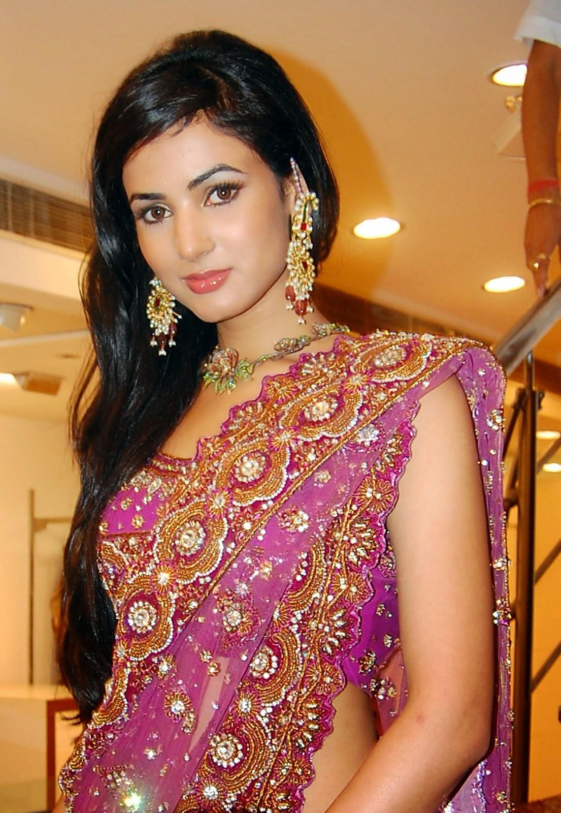 Jannat Actress Sonal Chauhan HD Wallpapers & Photos ...