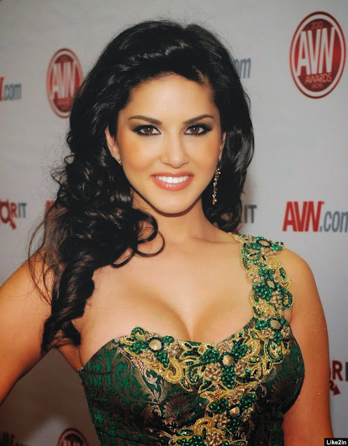 Hot Sunny leone latest hot stills at leela movie promotion at mumbai latets hot gallery