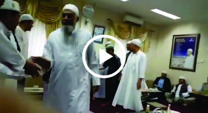 Begini Lembutnya Ustadz Arifin Ilham Terima Ustadz Talafi Yang Gemar Membid'ahkan Yazid Bin Abdul Qadir Jawas