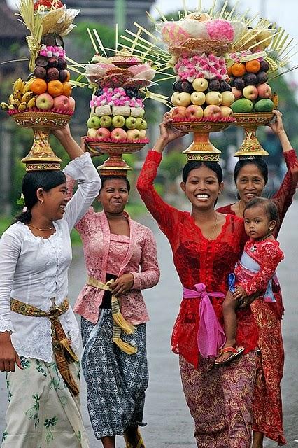 1 World Sarongs  quot;The Sarong Source Blogquot;: Sarong Fabrics: Rayon, Cotton, Polyester or Silk