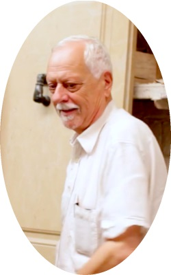 El escultor Joan Mora Soler