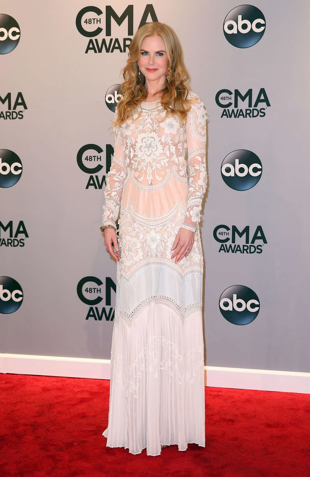 Nicole Kidman - Best Dressed Celebrities at the 2014 Annual CMA Awards in Nashville