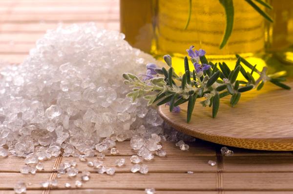 Rituales de passion limpieza con sal marina - Limpieza de malas energias ...