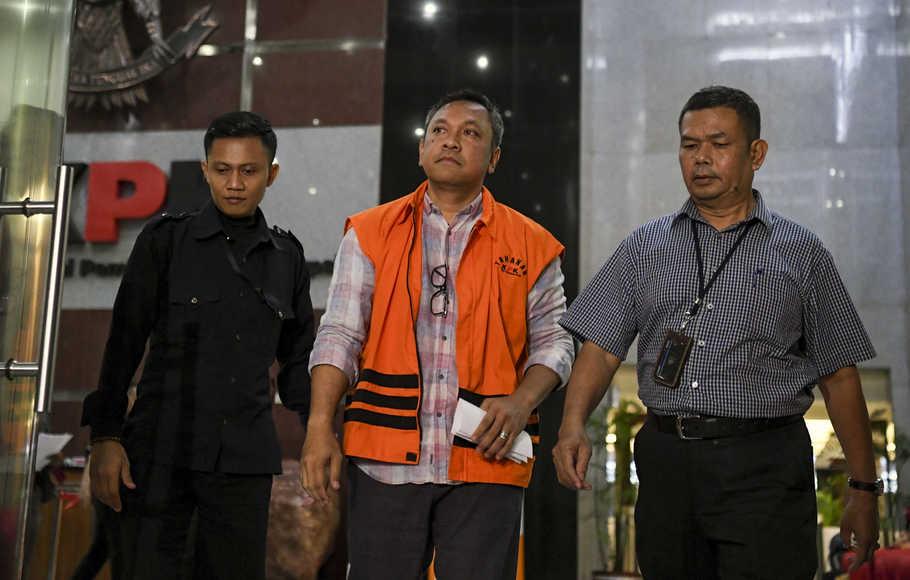 Rijal Efendi Padang di Tetapkan Tersangka Kasus Dugaan Suap Proyek di Dinas PUPR Pakpak Bharat
