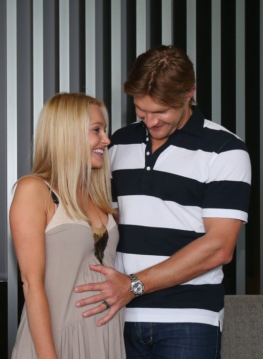 Shane Watson With His Lovely Wife Photos 2013 All