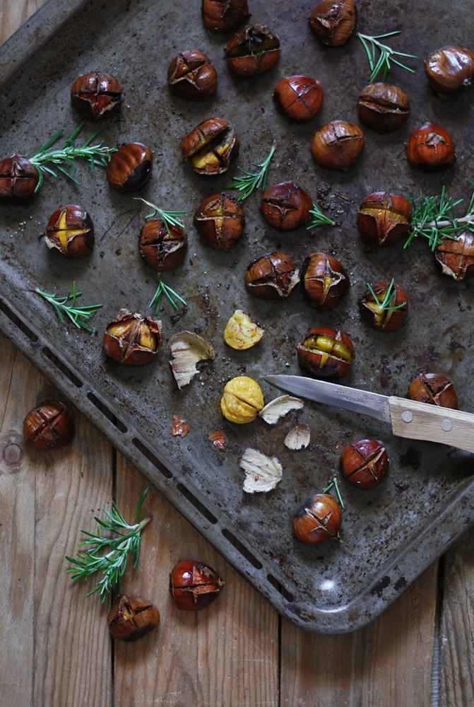 roast-chestnuts-with-rosemary-castañas-asadas-con-romero-bistrot-carmen