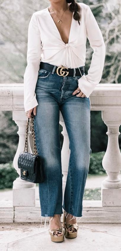 summer outfit idea: top + jeans + bag