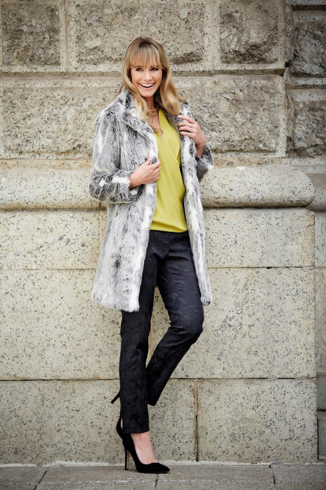 M&CO Petite Faux Fur Coat