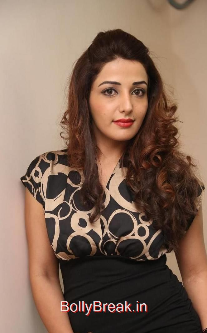 Sonia Mann Pics, Sonia Mann Hot Pics from Dhee Ante Dhee Release Date Press Meet