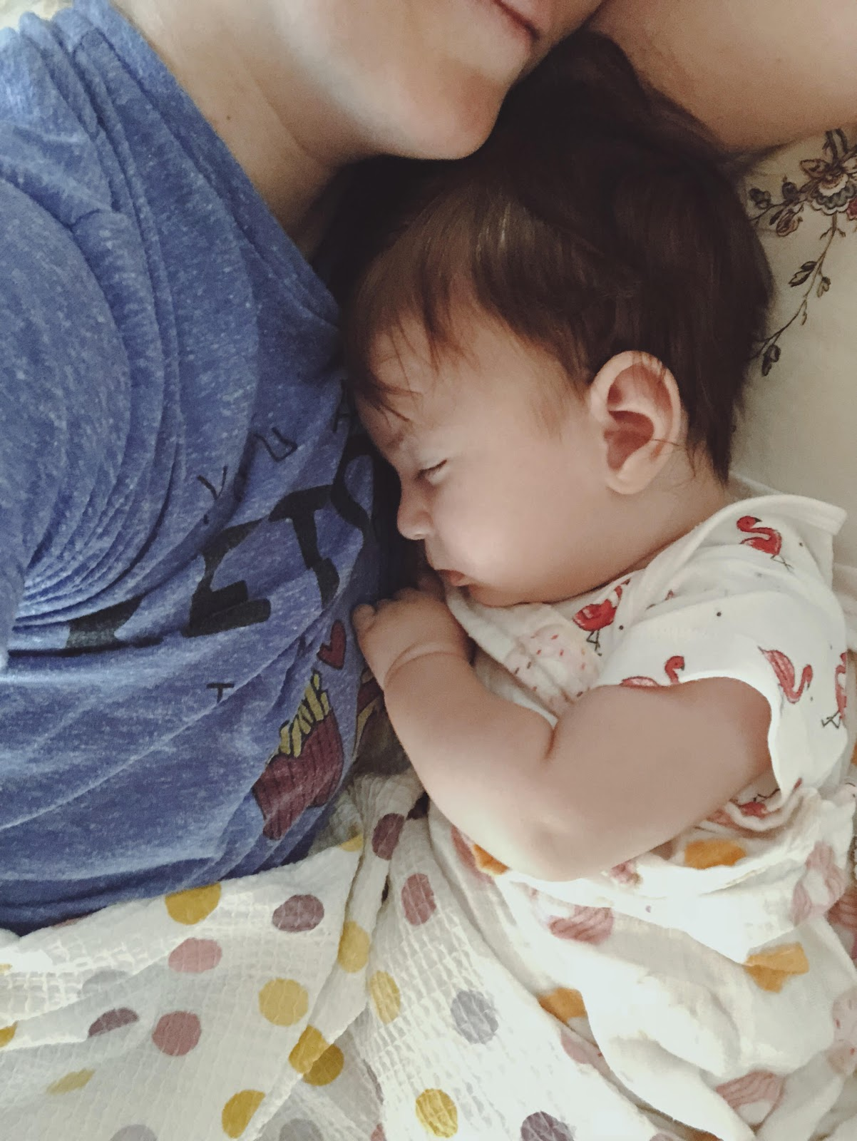 Bebeği kundaklamanın faydaları