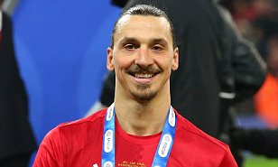 Zlatan Ibrahimovic reveals he offered to play for free at Man Utd