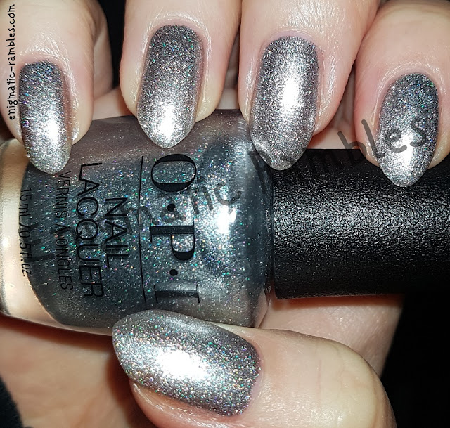 Swatch-OPI-Ornament-to-Be-Together