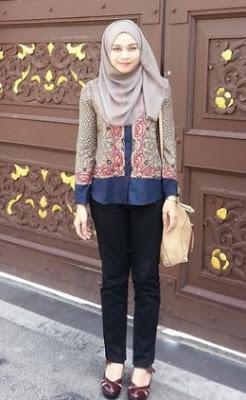 Contoh baju batik kantor untuk anak muda putri