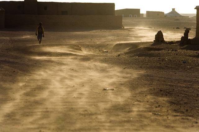 """El calor fue infernal ayer en los campamentos, los termómetros sobrepasaron los """"60ºC""""."""