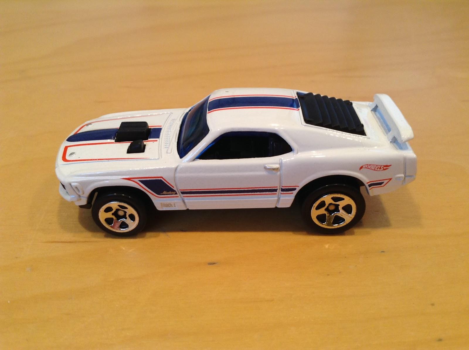 Julian s Hot Wheels Blog 1970 Ford Mustang Mach 1 2017