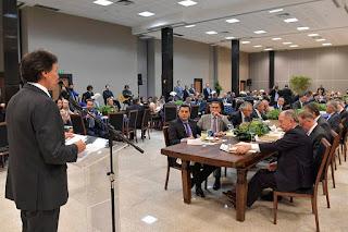 Em Fórum com governadores e presidente eleito, Eunício defende Pacto Federativo para retomada do crescimento