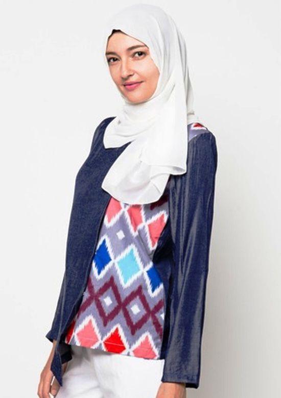 Model Baju Batik Kantor Wanita Berjilbab Kombinasi Terbaru