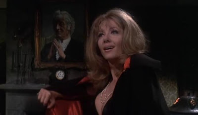 Ingrid Pitt en The House That Dripped Blood-La Mansión de los Crímenes