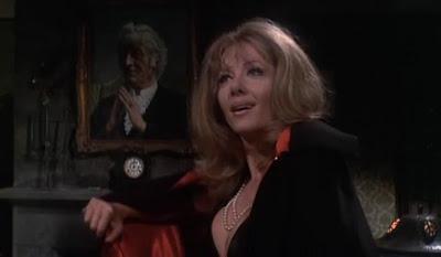 Ingrid Pitt en The House That Dripped Blood-La Mansión de los Crímenes
