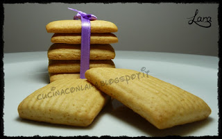 http://cucinaconlara.blogspot.it/2017/05/biscotti-simil-novellini-senza-uova-e.html