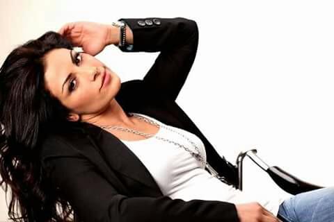 Saba Mubarak adalah TV besar dan film superstar di Yordania, negara asalnya. Ia bahkan memenangkan gelar 'aktris Arab terbaik' Film Festival yang berlangsung di Yordania.