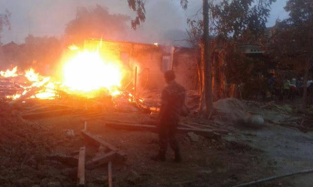 Tiga Rumah Joglo di Pucakwangi Ludes Terbakar, Kerugian Ditaksir 500 Juta Rupiah