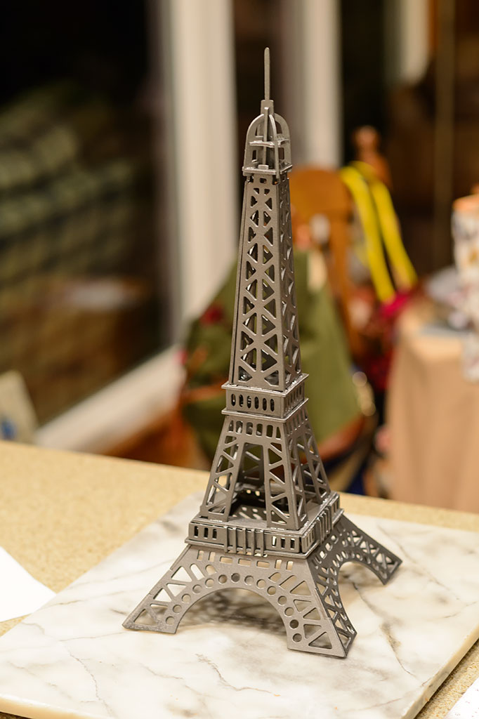 Painted Eiffel Tower Puzzle