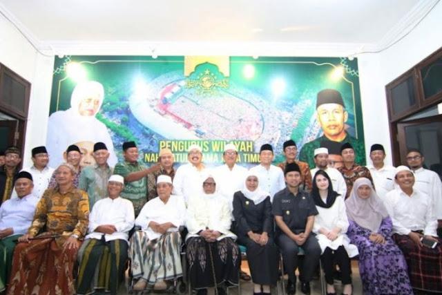 Khofifah Kerja Sama dengan NU Kawal Pembangunan Jatim