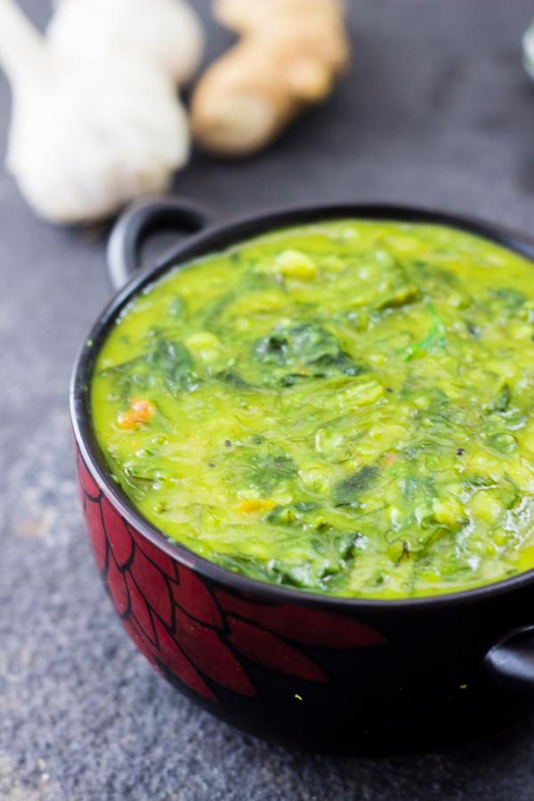 How to make palak dhal recipe at www.oneteaspoonoflife.com