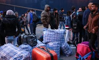 Πρόταση - «βόμβα» Τusk για κατάργηση των υποχρεωτικών ποσοστώσεων στην υποδοχή προσφύγων