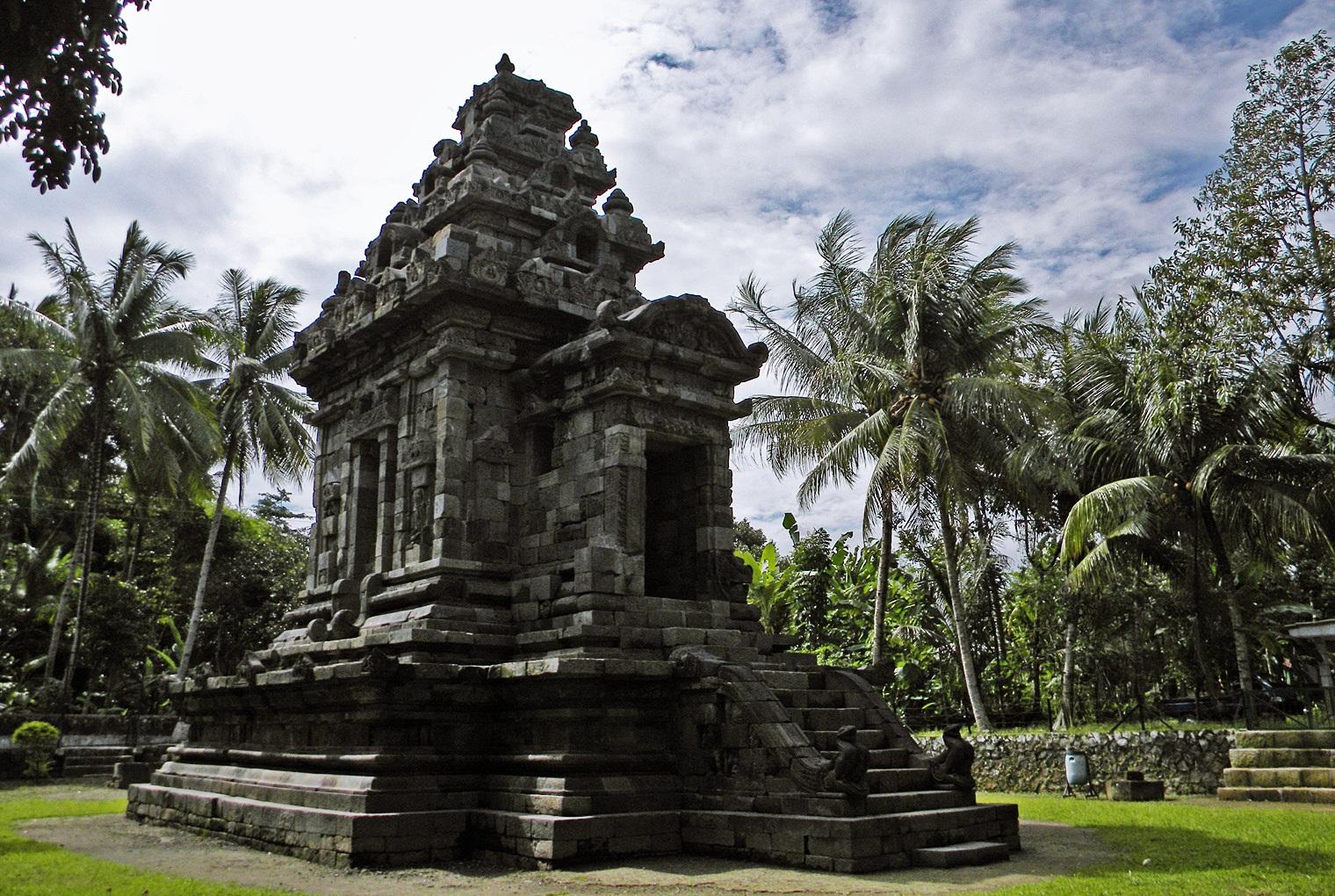 MENGAKU BACKPACKER: DAFTAR CANDI YANG ADA DI INDONESIA