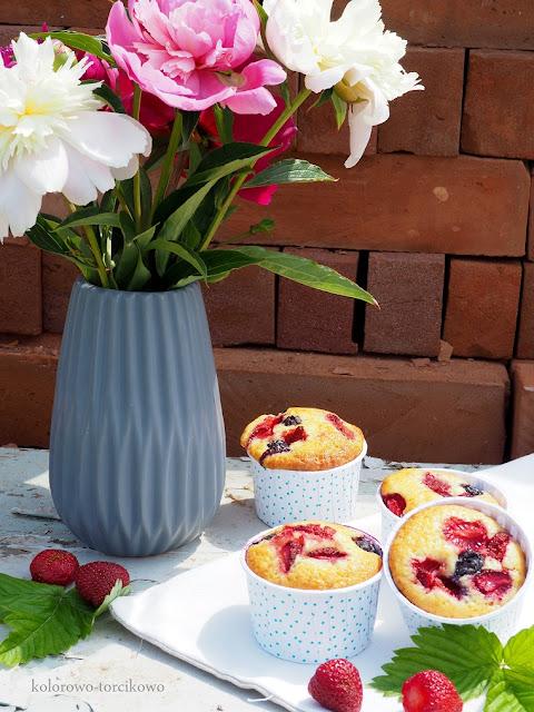 muffiny-z-owocami
