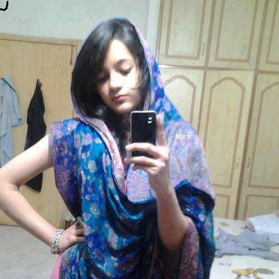 indian-whatsapp-girl