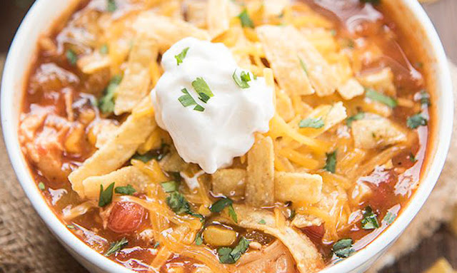 https://lmld.org/slow-cooker-chicken-enchilada-soup/