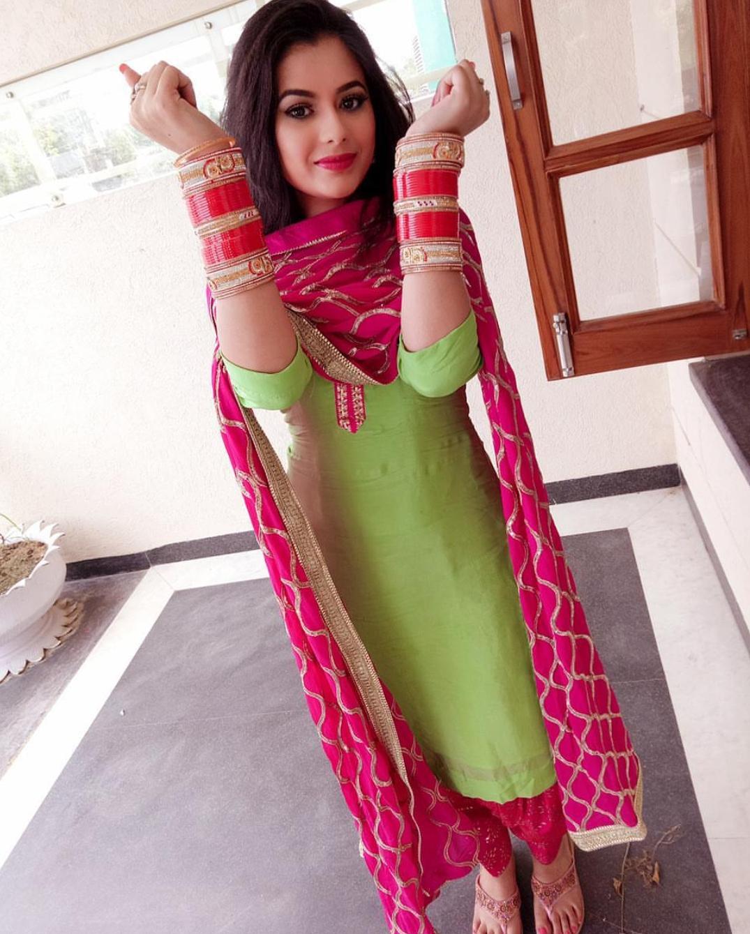 Geet mp3 music: Jodi teri meri jassi Gill Model name and images
