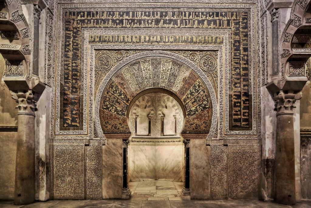 Araceli rego de lo humano a lo divino el mihrab de la for El ceramista cordoba