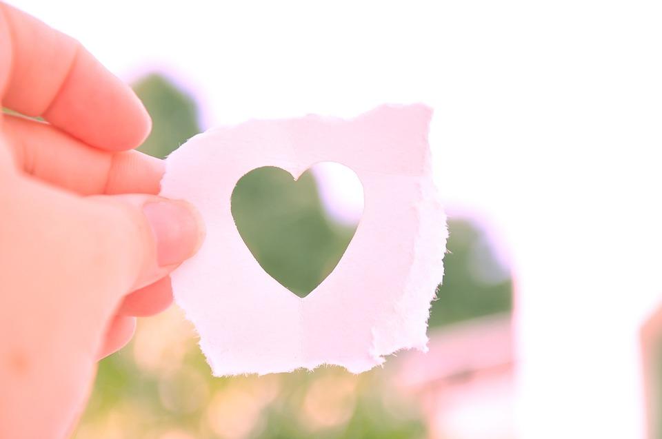 cuore di carta