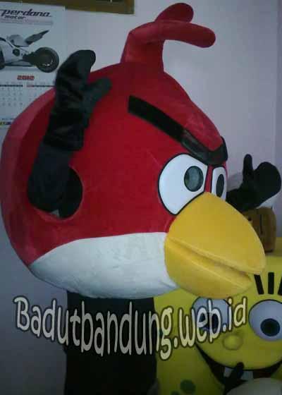 badut angry bird
