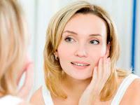 6 Cara Membersihkan Kulit Wajah Agar Terhindar dari Penuaan Dini