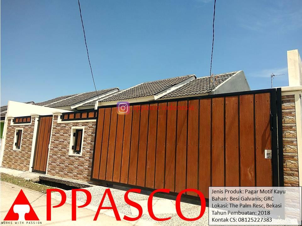 Pagar Minimalis Motif Kayu Simpel Modern di The Palm Residence Bekasi